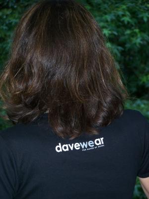 davewear-back-300×400.jpg